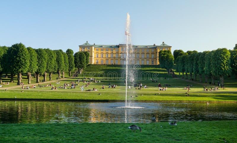 Παλάτι και κήποι Frederiksberg στοκ εικόνες