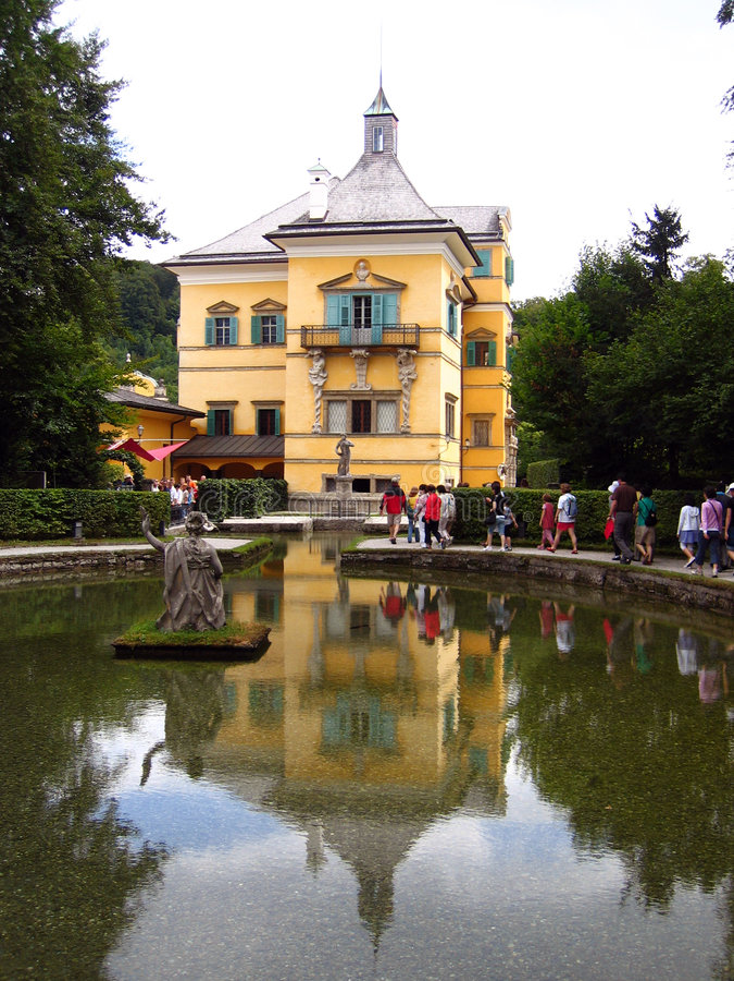 παλάτι Σάλτζμπουργκ της Αυστρίας hellbrunn στοκ φωτογραφία με δικαίωμα ελεύθερης χρήσης