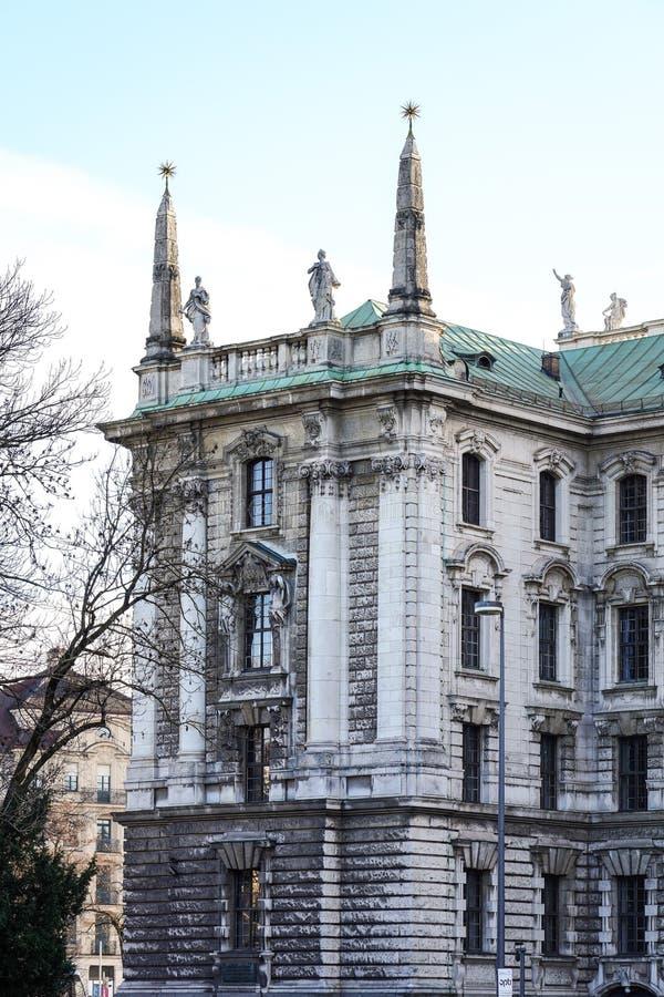 Παλάτι της δικαιοσύνης - Justizpalast στο Μόναχο, Βαυαρία, Γερμανία στοκ εικόνα
