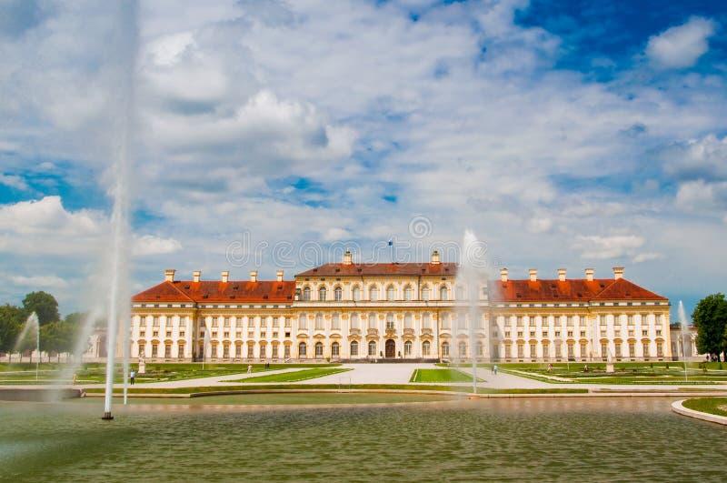 παλάτι του Μόναχου oberschleissheim πλησίον στοκ εικόνα με δικαίωμα ελεύθερης χρήσης