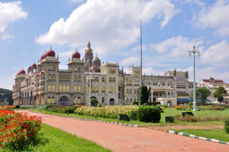 Download Παλάτι του Mysore, Karnataka, Ινδία Στοκ Εικόνα - εικόνα από βασιλικός, αρχιτεκτονικής: 22784165