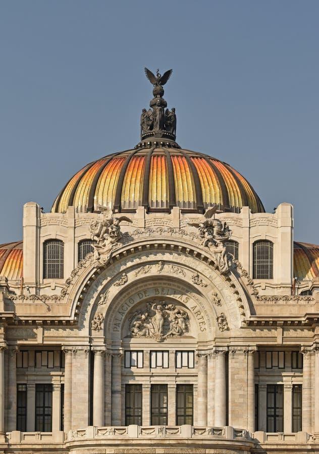 Παλάτι των Καλών Τεχνών στην Πόλη του Μεξικού στοκ εικόνες