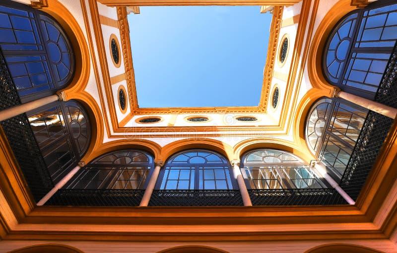 Παλάτι Alcazar στη Σεβίλλη Το Alcazar - παράδειγμα της μαυριτανικής αρχιτεκτονικής στην Ισπανία Σεβίλη στοκ εικόνες