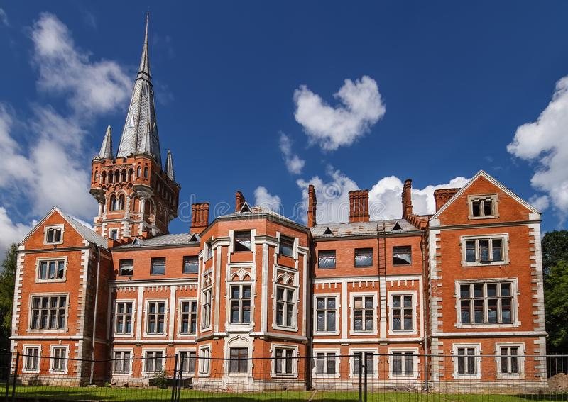 Παλάτι Tyszkiewicz σε Lentvaris, Λιθουανία στοκ εικόνα