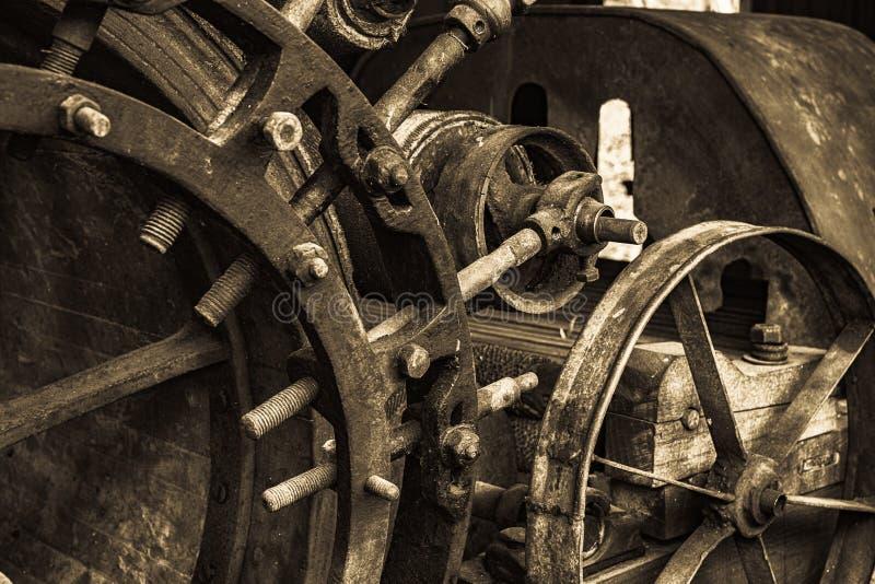 Παλαιά παλαιά αγροτικά μηχανήματα στοκ εικόνα με δικαίωμα ελεύθερης χρήσης