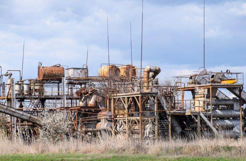 Παλαιά απόσταξη ουσιαστικού πετρελαίου εγκαταστάσεων ethereal στοκ φωτογραφία