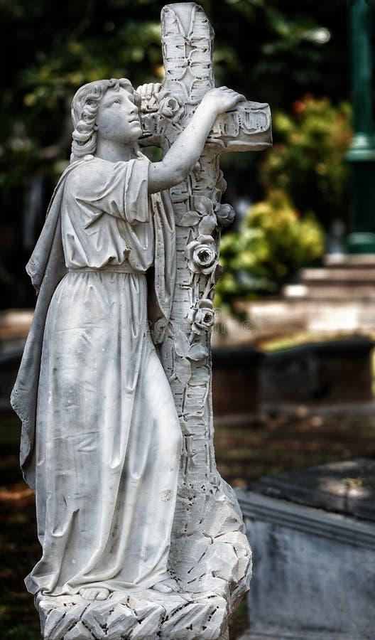 Παλαιά αρχαία ιστορία νεκροταφείων αγαλμάτων στοκ φωτογραφία