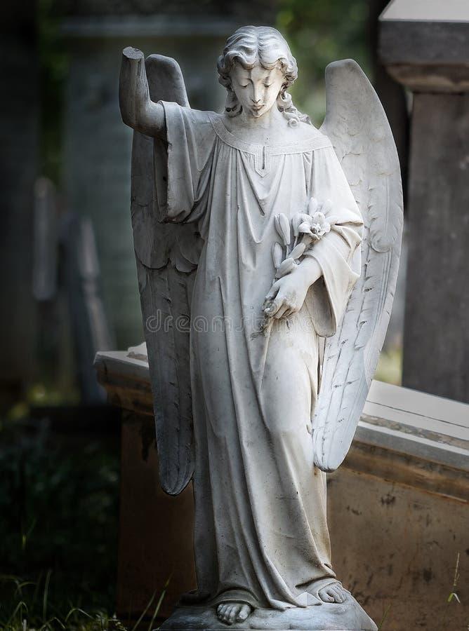 Παλαιά αρχαία κατάπληξη νεκροταφείων αγαλμάτων στοκ εικόνες