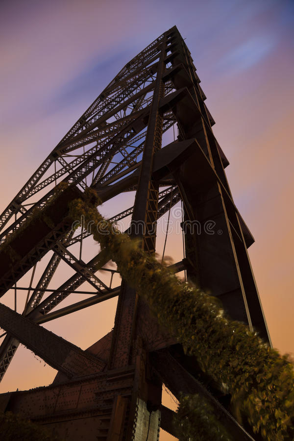 Παλαιά γέφυρα στο Κλίβελαντ στοκ φωτογραφία με δικαίωμα ελεύθερης χρήσης