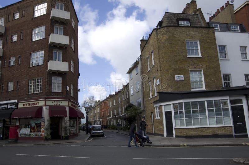 Παλαιά διαμερίσματα στο Λονδίνο στοκ εικόνες