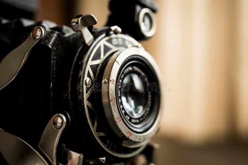 Παλαιά εκλεκτής ποιότητας κάμερα στοκ φωτογραφίες