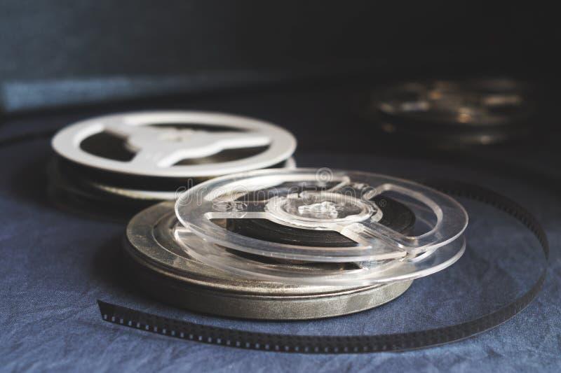 Παλαιά εξέλικτρα με τη γραπτή ταινία στοκ φωτογραφία