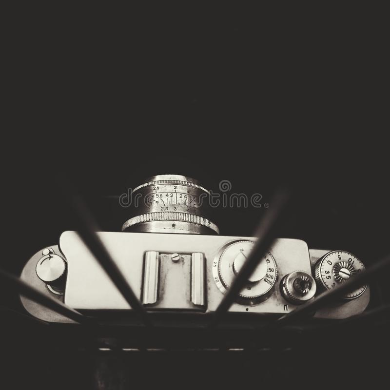 παλαιά κάμερα ταινιών στοκ εικόνα με δικαίωμα ελεύθερης χρήσης
