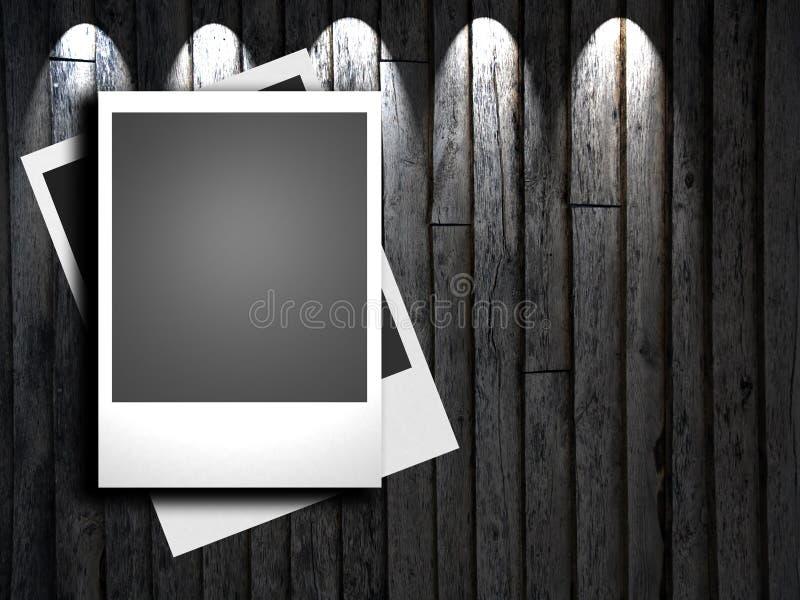 Παλαιά κενά πλαίσια polaroids που βρίσκονται σε μια ξύλινη επιφάνεια ελεύθερη απεικόνιση δικαιώματος