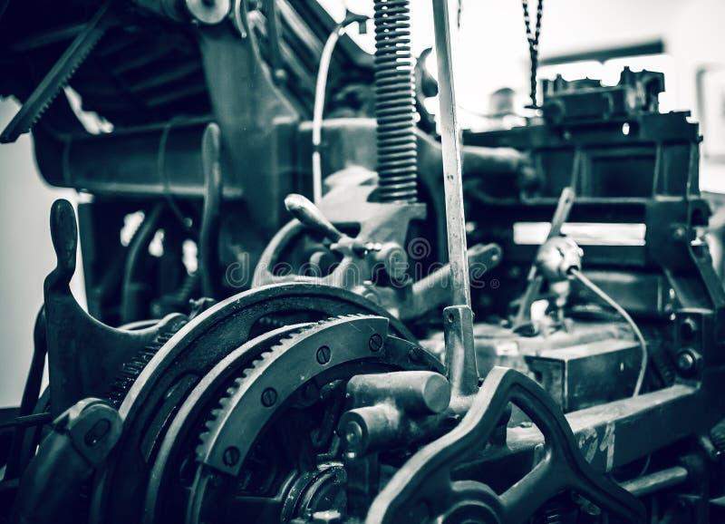 Παλαιά μηχανή εκτύπωσης Τύπου στοκ φωτογραφίες με δικαίωμα ελεύθερης χρήσης