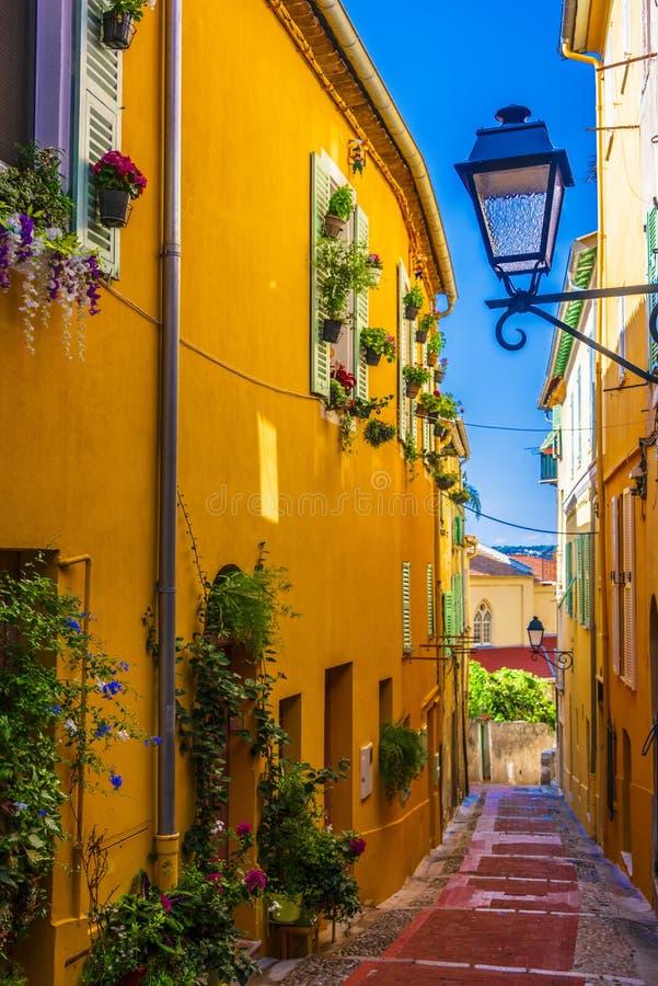 Παλαιά πόλης αρχιτεκτονική Menton σε γαλλικό Riviera στοκ εικόνες με δικαίωμα ελεύθερης χρήσης