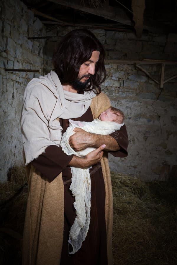 Παλαιά σκηνή nativity Χριστουγέννων σιταποθηκών στοκ φωτογραφίες