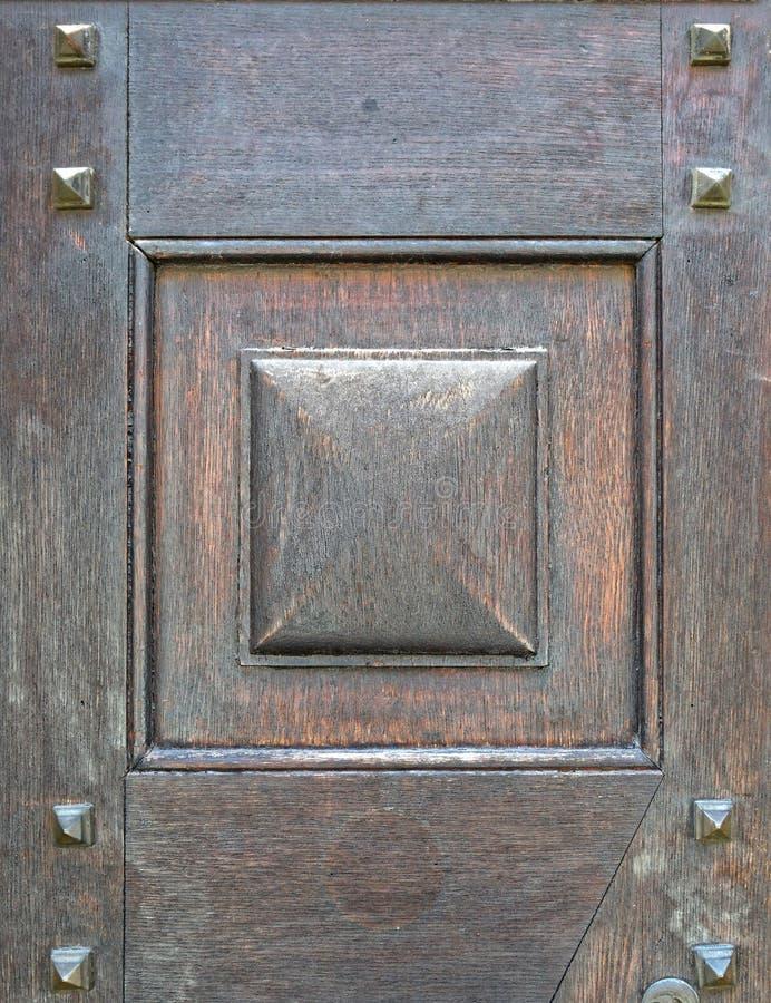 Παλαιά στερεά ξύλινη κινηματογράφηση σε πρώτο πλάνο πορτών στοκ εικόνες