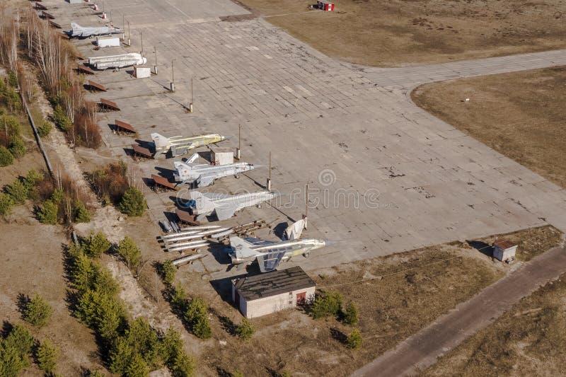 Παλαιά στρατιωτικά ρωσικά αεροσκάφη Τοπ άποψη, πλευρά οπισθοσκόπος στοκ φωτογραφία με δικαίωμα ελεύθερης χρήσης