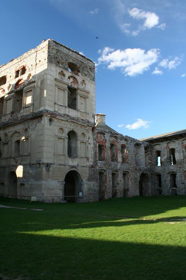 παλαιές καταστροφές κάστρων στοκ φωτογραφία με δικαίωμα ελεύθερης χρήσης