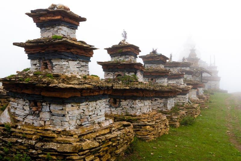 Παλαιές παραδοσιακές βουδιστικές δομές gompa Nar στο χωριό, περιοχή συντήρησης Annapurna, Νεπάλ στοκ εικόνα