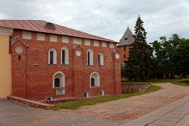 Παλαιοί πόλης τοίχοι και πύργοι Veliky Novgorod, Ρωσία στοκ φωτογραφίες με δικαίωμα ελεύθερης χρήσης