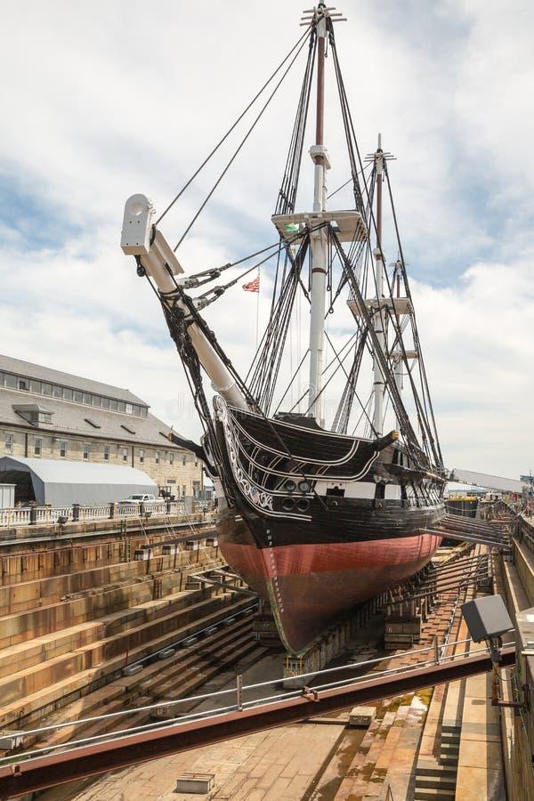 Παλαιοί Ironsides συνταγμάτων USS στο ίχνος ελευθερίας στη Βοστώνη στοκ εικόνα με δικαίωμα ελεύθερης χρήσης