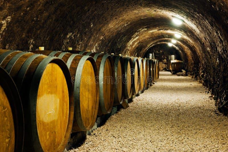 παλαιού βαρέλια κρασιού &ka στοκ φωτογραφία με δικαίωμα ελεύθερης χρήσης
