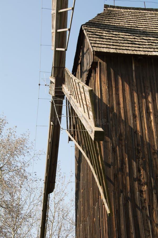 παλαιός ανεμόμυλος Έκθεμα μουσείων της πόλης Opole Πολωνία στοκ φωτογραφία