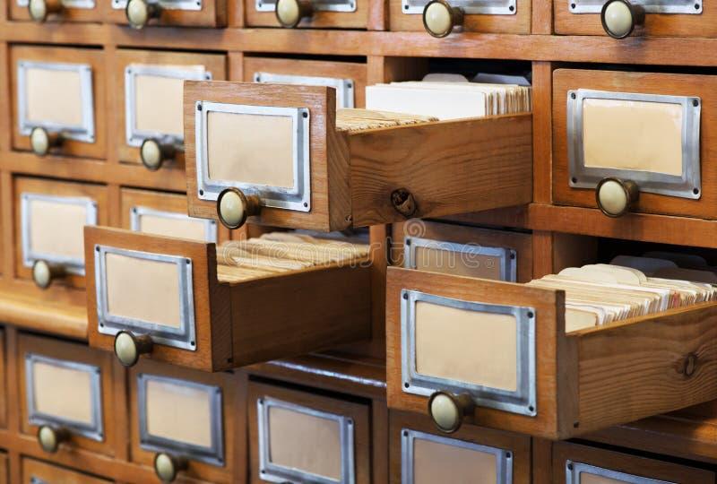 Παλαιός κατάλογος βιβλιοθηκών στοκ εικόνες