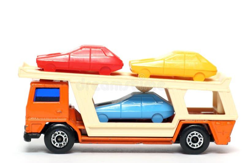 παλαιός μεταφορέας παιχνιδιών 3 αυτοκινήτων στοκ εικόνα