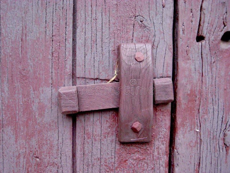 Παλαιός ξύλινος για το κόκκινο πορφυρό χρώμα ασβέστη αρθρώσεων στοκ φωτογραφία με δικαίωμα ελεύθερης χρήσης