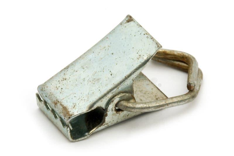 Παλαιός σκουριασμένος συνδετήρας μετάλλων στοκ φωτογραφία με δικαίωμα ελεύθερης χρήσης