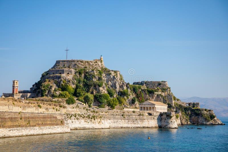Παλαιό ενετικό φρούριο και ελληνικός ναός στην Κέρκυρα, Επτάνησα, Ελλάδα στοκ εικόνα