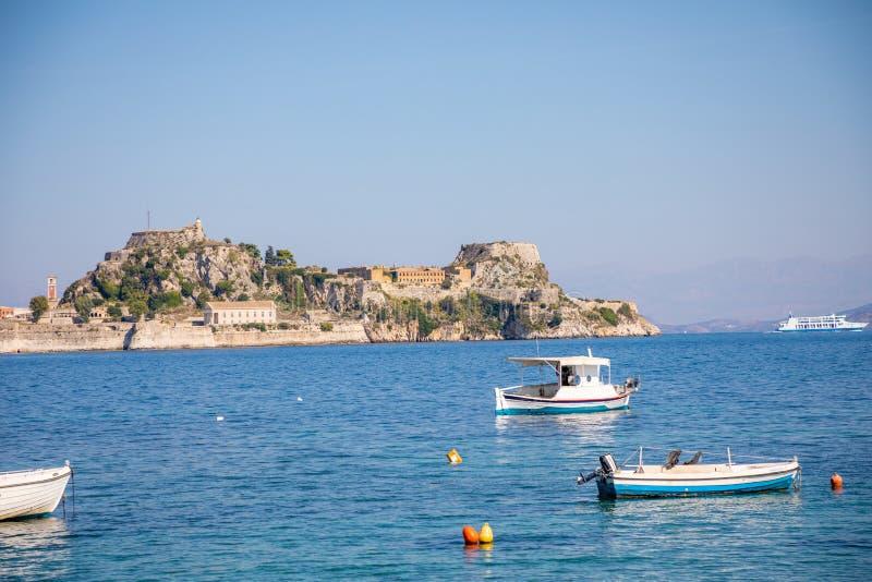 Παλαιό ενετικό φρούριο και ελληνικός ναός στην Κέρκυρα, Επτάνησα, Ελλάδα στοκ φωτογραφίες με δικαίωμα ελεύθερης χρήσης
