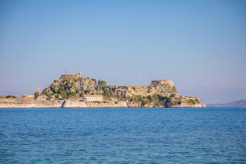 Παλαιό ενετικό φρούριο και ελληνικός ναός στην Κέρκυρα, Επτάνησα, Ελλάδα στοκ φωτογραφία
