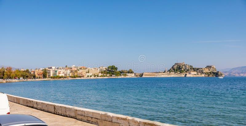 Παλαιό ενετικό φρούριο και ελληνικός ναός στην Κέρκυρα, Επτάνησα, Ελλάδα στοκ φωτογραφία με δικαίωμα ελεύθερης χρήσης