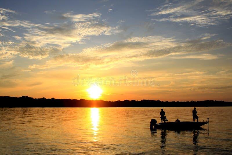 παλαιό ηλιοβασίλεμα άσπρων καρυδιών στοκ φωτογραφία με δικαίωμα ελεύθερης χρήσης