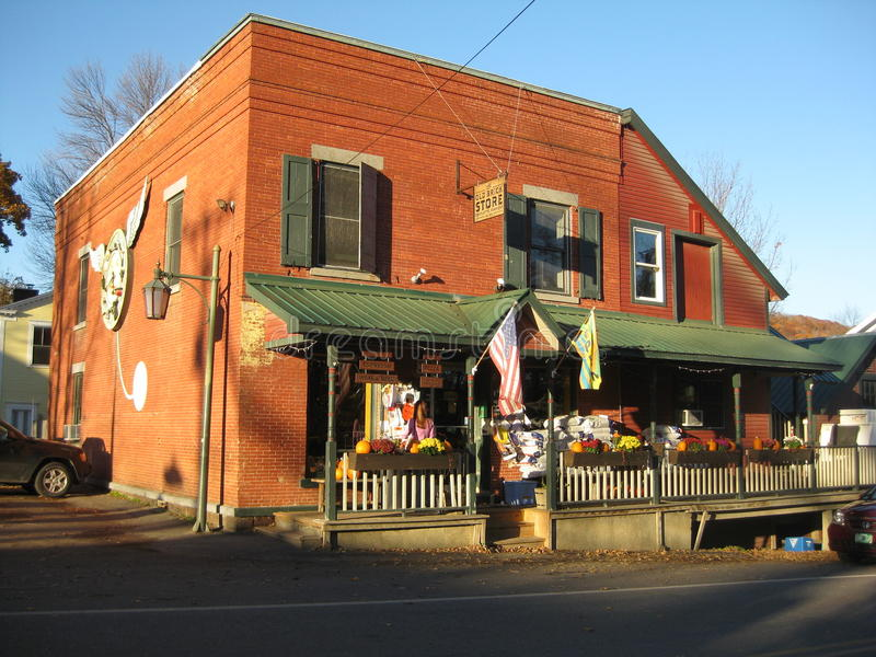 παλαιό κατάστημα τούβλου στοκ φωτογραφία με δικαίωμα ελεύθερης χρήσης
