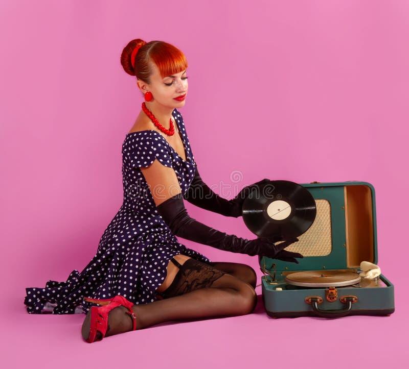 Παλαιό κορίτσι φωνογράφων στοκ φωτογραφίες με δικαίωμα ελεύθερης χρήσης