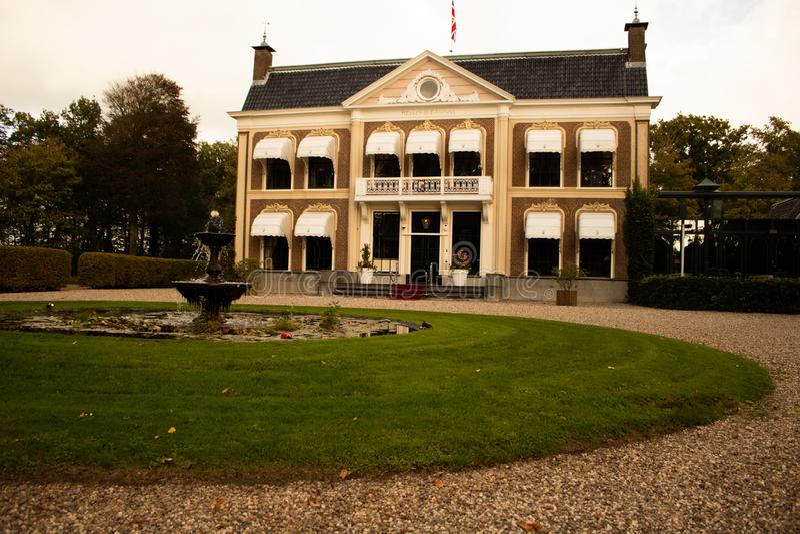 Παλαιό κτήμα στην Ολλανδία στοκ εικόνα