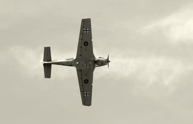 παλαιό λευκό μαχητών αεροπλάνων μαύρο στοκ φωτογραφία