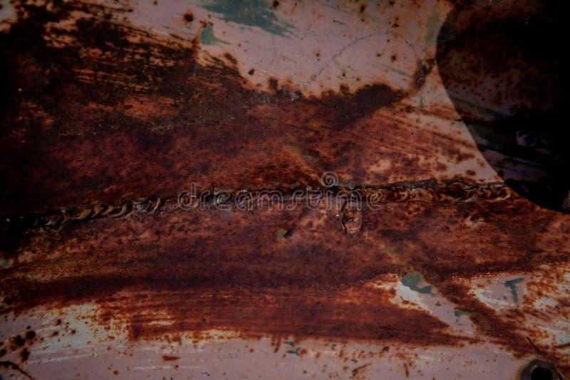 Παλαιό μέταλλο με την ενωμένες στενά ραφή και την όρφνωση στοκ εικόνες