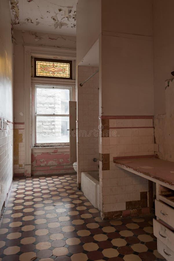 Παλαιό μπάνιο - Κρατική φυλακή Οχάιο - Μάνσφιλντ, Οχάιο στοκ εικόνα με δικαίωμα ελεύθερης χρήσης