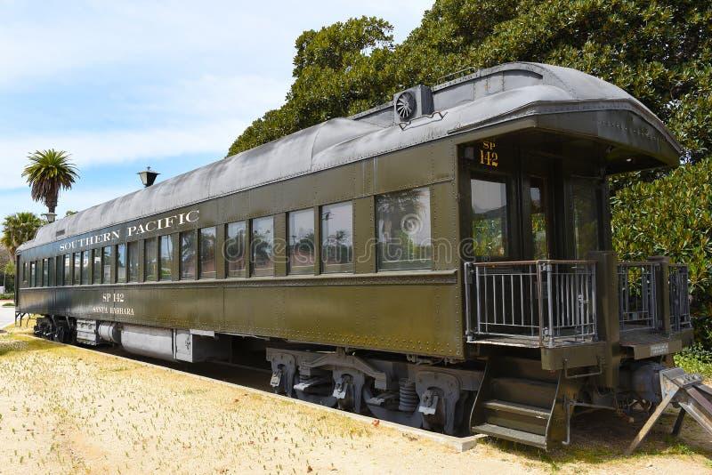 Παλαιό νότιο ειρηνικό αυτοκίνητο ραγών στο σταθμό τρένου σε Santa Barbara στοκ φωτογραφία με δικαίωμα ελεύθερης χρήσης