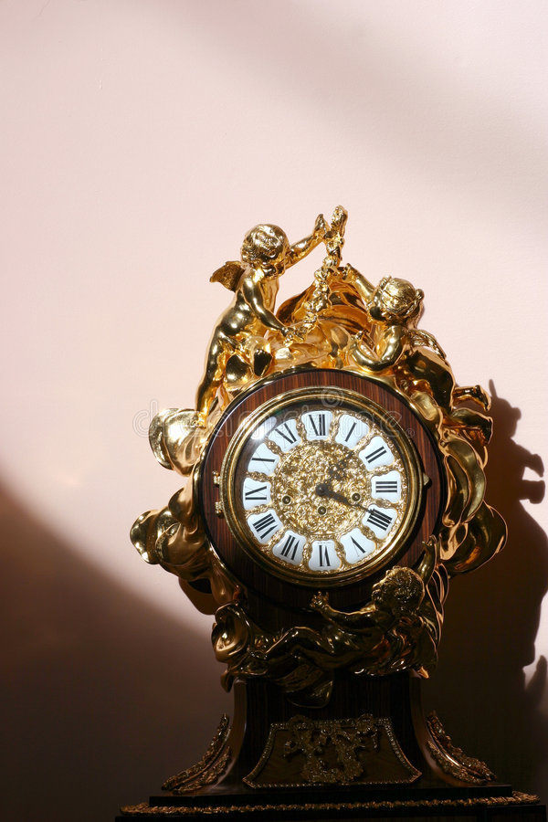 παλαιό ρολόι στοκ εικόνες με δικαίωμα ελεύθερης χρήσης