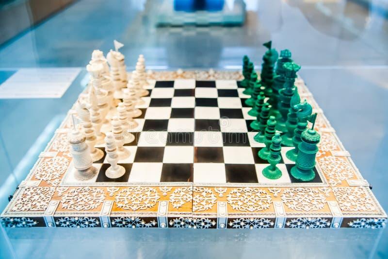 Παλαιό χαρτόνι σκακιού στοκ φωτογραφίες με δικαίωμα ελεύθερης χρήσης