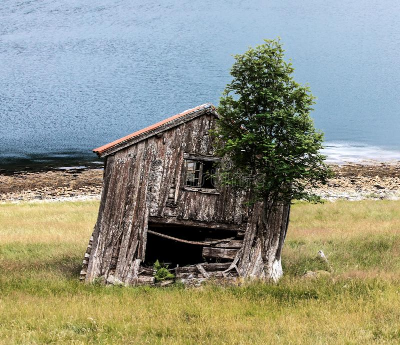 Παλιό σπίτι στη θάλασσα στοκ φωτογραφίες με δικαίωμα ελεύθερης χρήσης