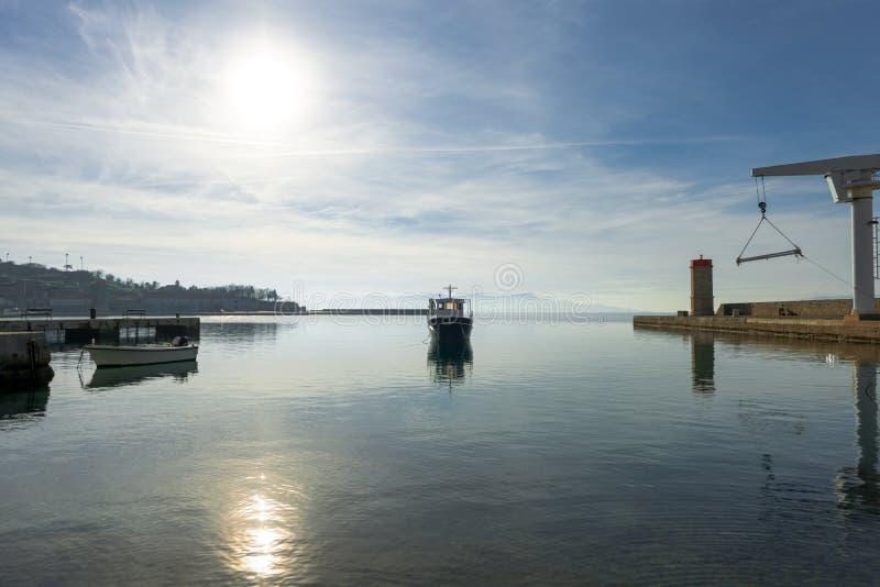 Πανί μιας πλέοντας βάρκας στοκ εικόνα με δικαίωμα ελεύθερης χρήσης