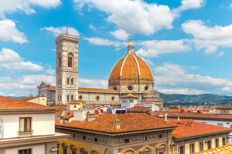 Παναγία del fiore στο υπόβαθρο μπλε ουρανού στοκ φωτογραφίες με δικαίωμα ελεύθερης χρήσης